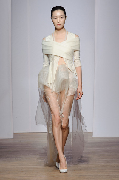 Yiqing Yin Fall 2013
