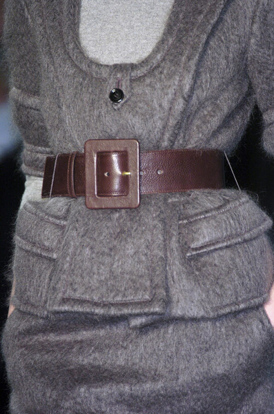 Yves Saint Laurent Fall 2005 - Details