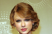 Taylor Swift Prom Hairstyles