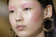These New Beauty Trends Have Gone Viral