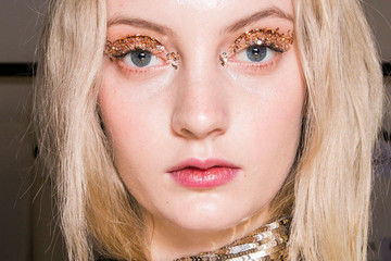 The Runway Makeup Trend to Make Your Eyes Pop