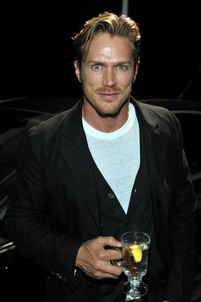 Jason Lewis at the Stella McCartney LA Holiday Party
