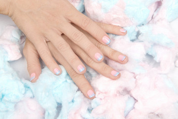The Sweetest DIY Manicure: Cotton Candy Ombrè