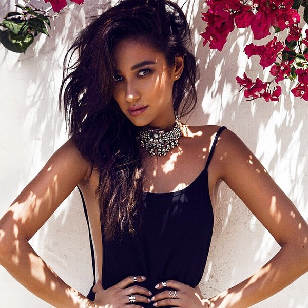 shay mitchell hair style shay mitchell masters hair the week s most stylish 7894