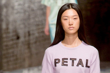 Fashion Trend Report: Slogan Tees