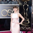 Anne Hathaway Wore Prada at the 2013 Oscars