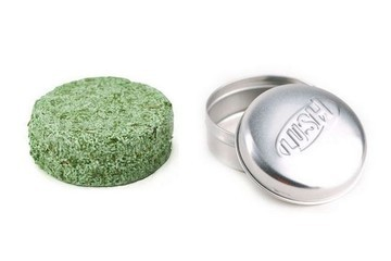 Current Obsession: Lush Squeaky Green Solid Shampoo Bar