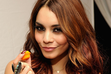 Vanessa Hudgens Chats Autumn Hair