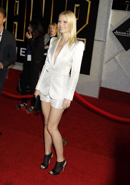 Gwyneth Paltrow Can Wear A White Suit Too White Hot Heat