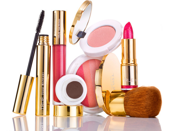 TRUE Isaac Mizrahi Beauty Collection