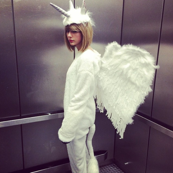 Taylor Swift as a Pegacorn