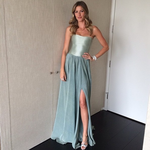 Gisele Looks Like a Princess
