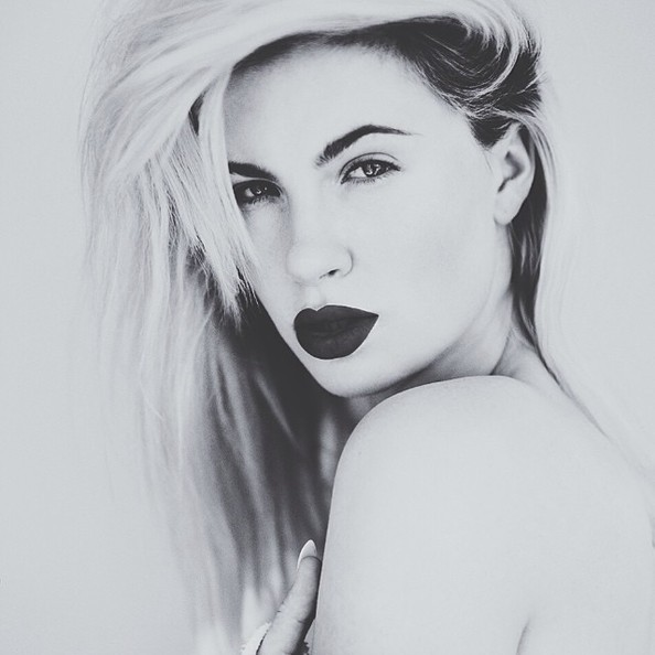 Ireland Baldwin Goes Black & White