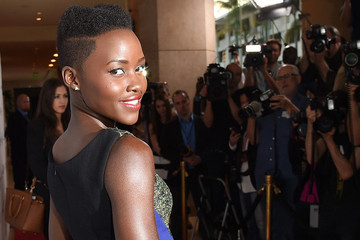 Lupita Nyongo Did The Impossible And Made Green Eyeliner Work