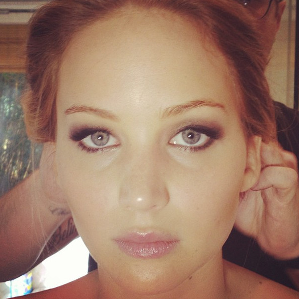 We Know the Exact Lipstick Jennifer Lawrence Wore to the Oscars