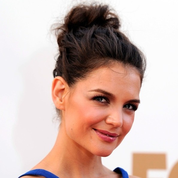 Rumormongering: Katie Holmes Signs Cosmetics Endorsement Deal