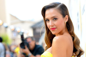 Style Crush: Jessica Alba on the Red Carpet
