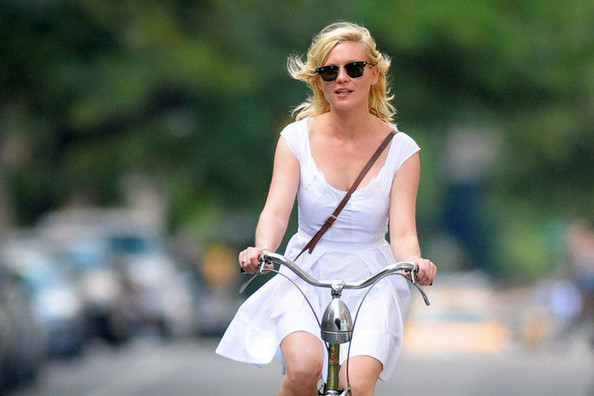 How to Ride Your Bicycle in Style - A Celebrity Guide