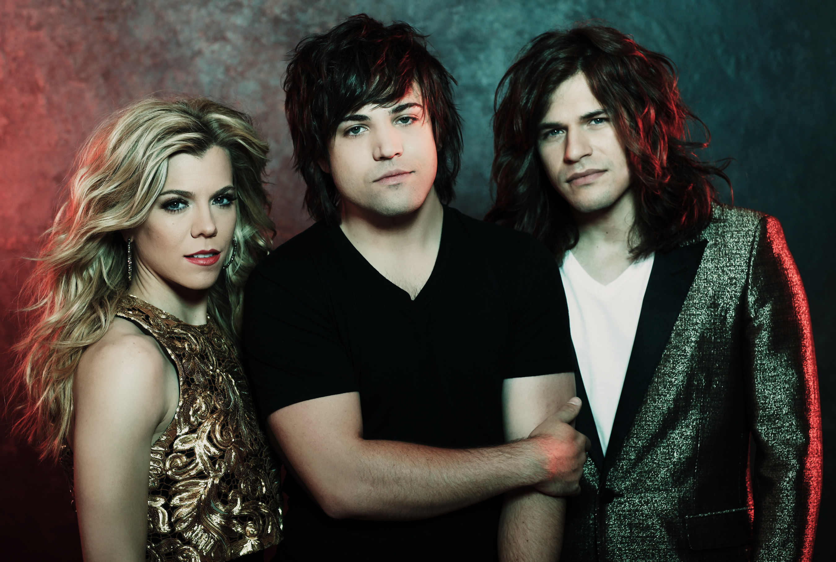 The Band Perry Takes the 'Nashville' - 1101.3KB