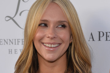 So Jennifer Love Hewitt Is Blonde Now. Thoughts?