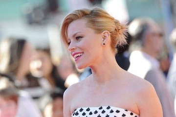 Hair Envy of the Day: Elizabeth Banks's Spiked Updo