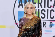 The Best Dressed Stars at the 2017 American Music Awards