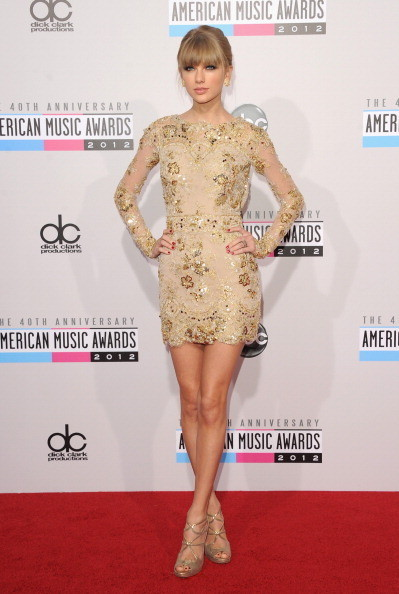 Taylor Swift at the 2012 AMAs
