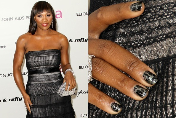 Serena William's Dramatic Crackle Finish Nails