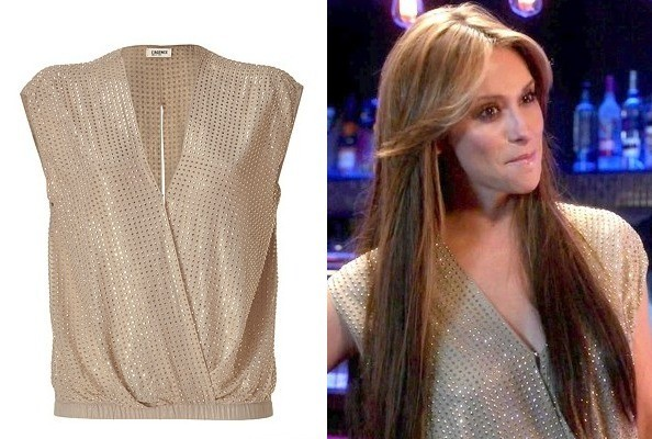 Jennifer Love Hewitt's Gold Studded Top on 'The Client List'