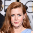 Amy Adams' Soft Waves and Peach Pucker