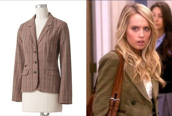 Megan Park's Plaid Blazer on 'The Secret Life of the American Teenager'