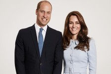 The Royals Just Schooled Us in the Christmas Card Game Again