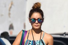 Vanessa Hudgens Keeps Cool in the LA Heat