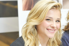 Chloe Grace Moretz Hangs with Her Fans