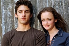 Jess Is Back! Milo Ventimiglia Is Officially Returning for the 'Gilmore Girls' Revival