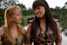 This 'Xena: Warrior Princess' Reunion Is Adorable