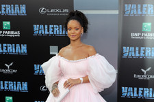 Look of the Day: Rihanna's Tulle Confection