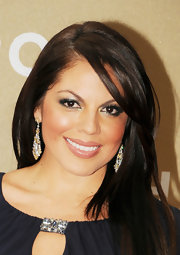 Sara Ramirez wore silvery metallic shades of shadow to create her smoky-eyed look at the 2011 CNN Heroes: An All-Star Tribute.