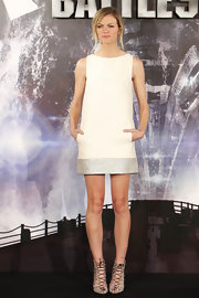 Brooklyn Decker posed for pictures at the 'Battleship' photocall in Madrid wearing a pair of delicate lace-up sandals.