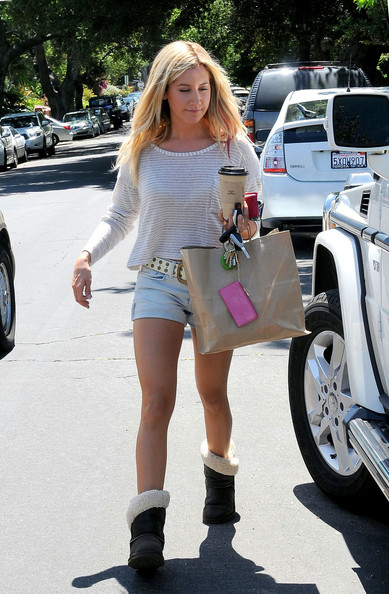 More Pics of Ashley Tisdale Studded Belt (1 of 7) - Ashley Tisdale Lookbook - StyleBistro