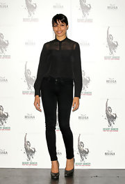 Freida Pinto's black snakeskin pumps were a textured touch to her head-to-toe black look.