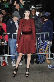 Krysten Ritter looked phenom on the set of 'Good Morning America' in her red coat dress. So very Kate Middleton!