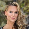Molly Sims' Glam Side Sweep