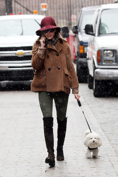 Olivia+Palermo in Olivia Palermo Hangs Out With Her Puppy