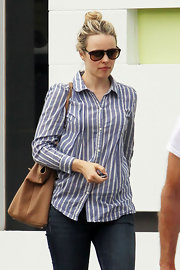 Rachel McAdams kept her look casual and cool with this blue striped button down.