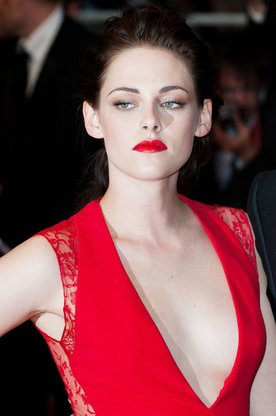 Classic Glamour: Red Lips + Red Dress