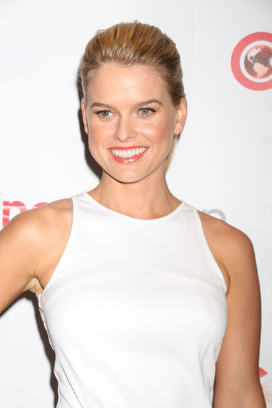 Alice Eve Hair