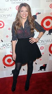 Sabrina Soto was a red carpet flirt in a sweet black circle skirt.