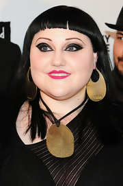Beth Ditto wore her long jet tresses super-straight and with blunt baby bangs at the Keep a Child Alive Black Ball.