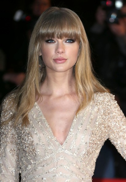 More Pics of Taylor Swift Beaded Dress (4 of 11) - Taylor Swift Lookbook - StyleBistro